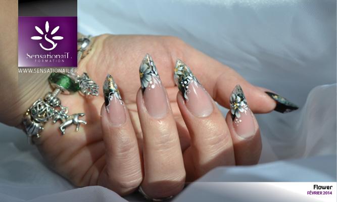 Cette pose a été réalisée en gel uv Indigo Nails, au chablon par Christine Lawniczak